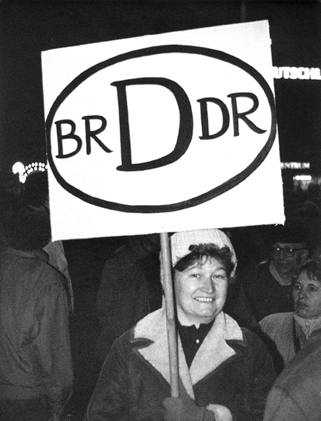 an introduction to the unification of the gdr and the federal republic Barnett working paper 17-09 educational inequality after state socialism 3 introduction the ideological basis of the german democratic republic (gdr) as a 'worker and peasant.