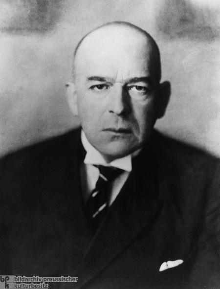 Oswald Spengler (1930)