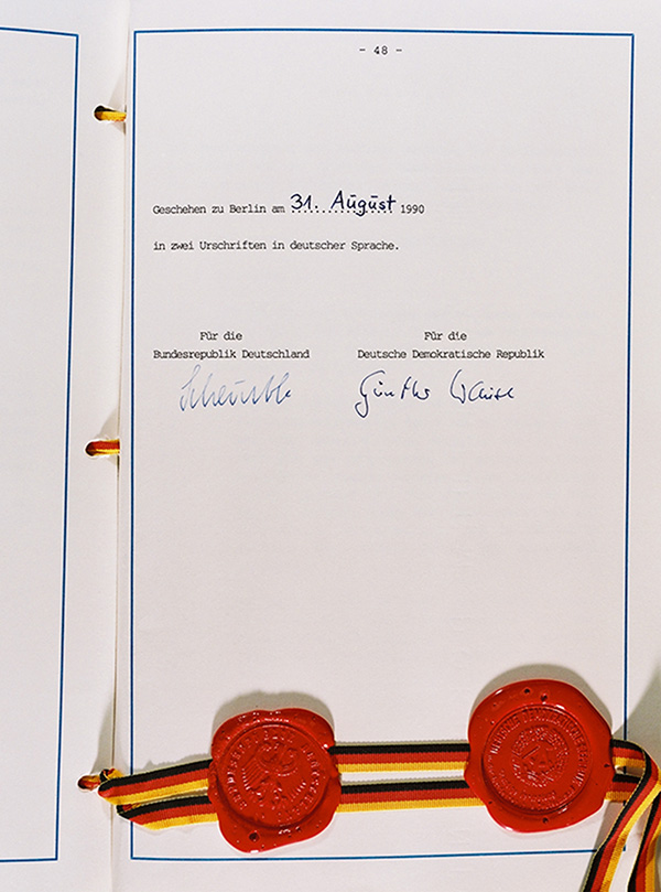 Signature Page of the  Unification Treaty (August 31, 1990)