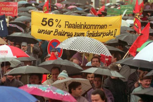 Protest against the Proposed Solidarity Pact (February 17, 1993)