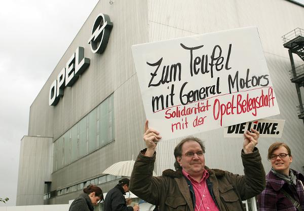 Protesting GM's Refusal to Sell Opel (November 5, 2009)