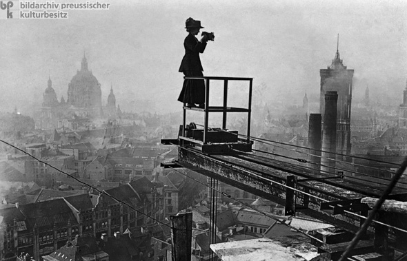 A Female Reportage Photographer Surveys Berlin (c. 1910)
