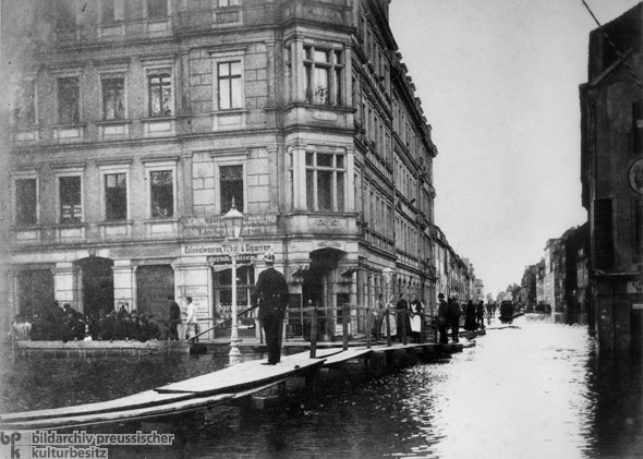 Disastrous Flooding in Dresden (1890)