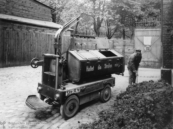Mechanized Street-Cleaning (1913)