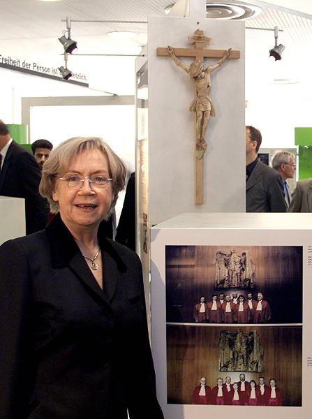 "Jutta Limbach Opens the Exhibition ""Fifty Years of the Basic Law"" (April 29, 1999)"