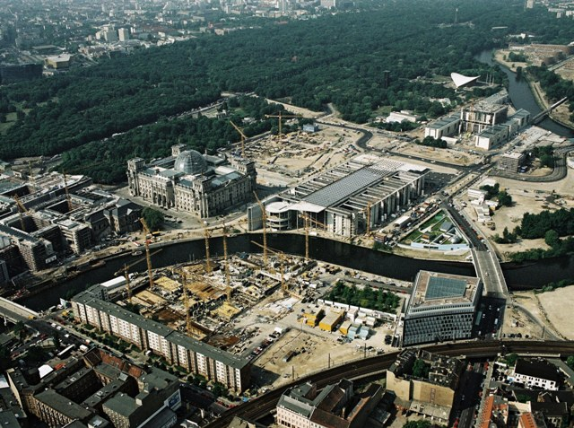 New Government Quarter in Berlin (May 10, 2000)
