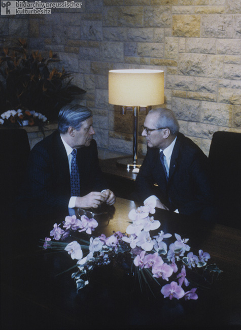 Helmut Schmidt and Erich Honecker at Schloss Hubertusstock on Lake Werbellin (December 11-13, 1981)