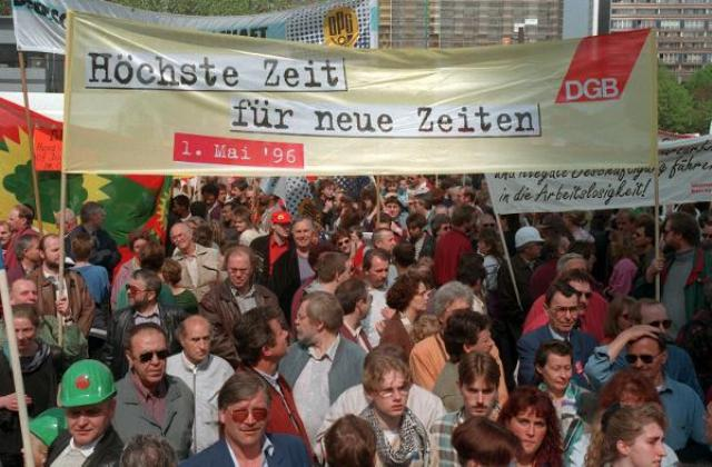 Demonstration by the Confederation of German Trade Unions (May 1, 1996)