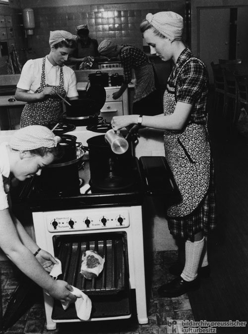 Prospective Housewives in a Cooking Class at the Hamburg Electrical Works (1951)