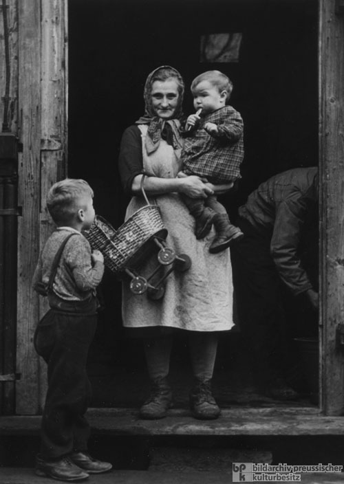 Family of Expellees at Camp Benthe near Hannover (1950)