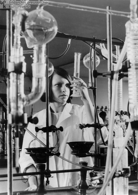 In the Laboratory (1967)