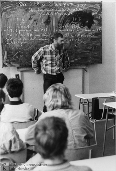 Civics Lesson in East Berlin (1988)
