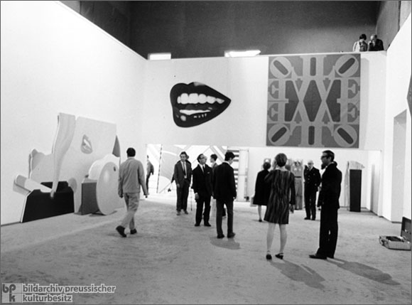 "The ""documenta IV"" Exhibition in Kassel (1968)"