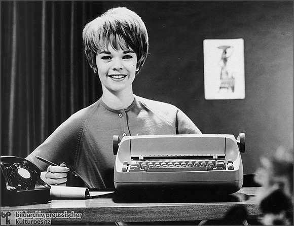 Secretary with a New Typewriter (1961)
