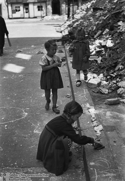 Girls Playing with Rubble (1946)