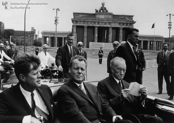 U.S. President John F. Kennedy visits West Berlin (June 26, 1963)