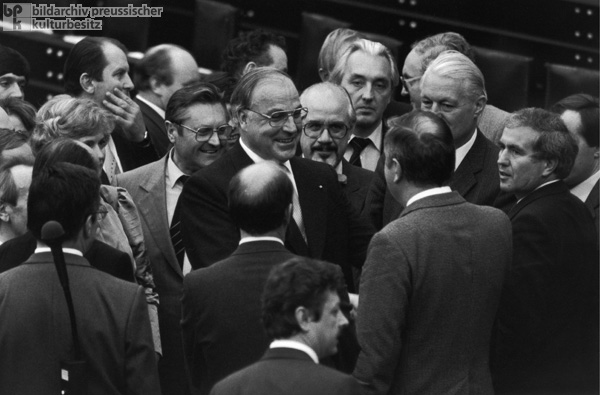Constructive Vote of No Confidence in the Bundestag (October 1, 1982)