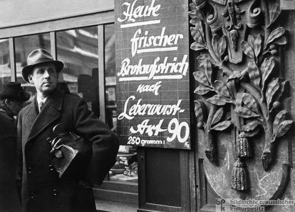 Advertisement for Substitute Liverwurst at a Leipzig Store (1948)