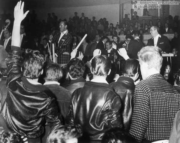 A Bill Haley Concert at the Berlin <I>Sportpalast</i> (October 26, 1958)