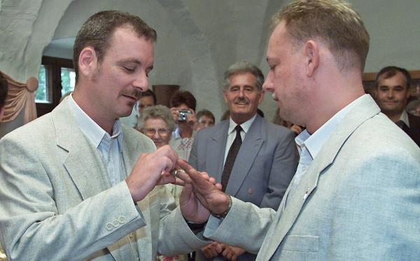 Same-Sex Couple Ties the Knot (August 1, 2001)