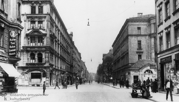 Türkenstrasse in Munich's Schwabing District (1910s)