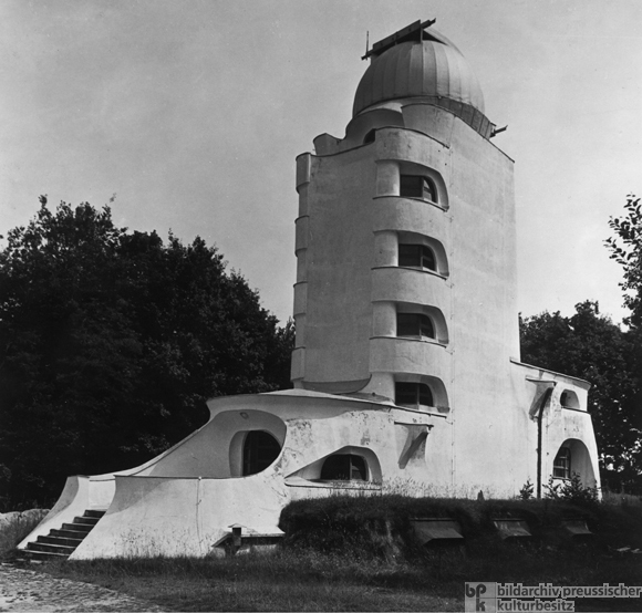 Erich Mendelsohn, Einstein Tower in Potsdam (built 1920-21)