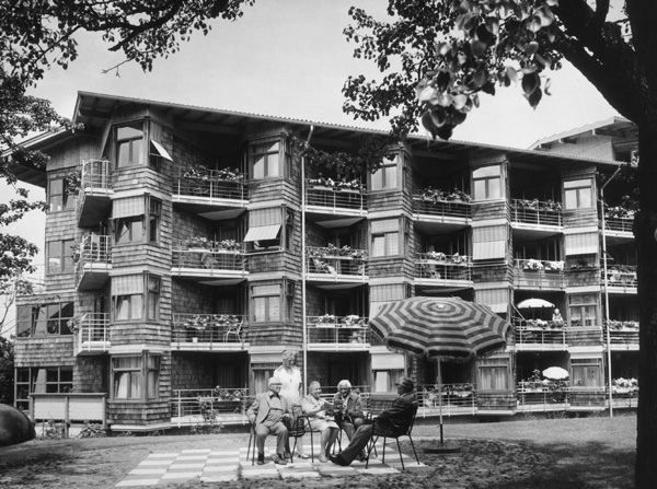Home for the Elderly in Reutlingen (1977)