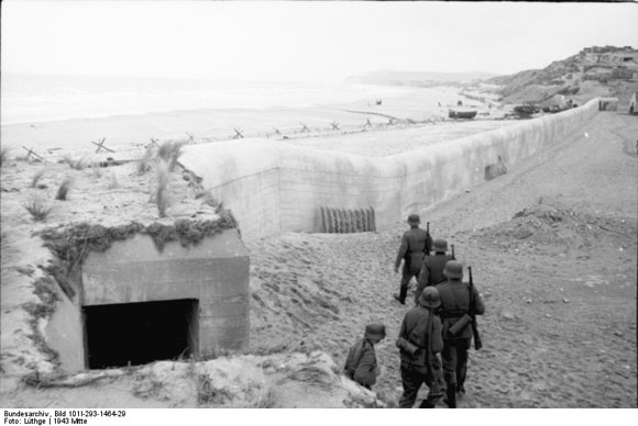 "Soldiers in Front of a Section of the ""Atlantic Wall"" in Belgium/ Northern France (1943)"