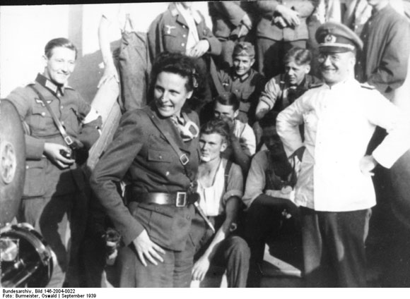 Leni Riefenstahl with the 14th Army Corps in Poland (September 1939)