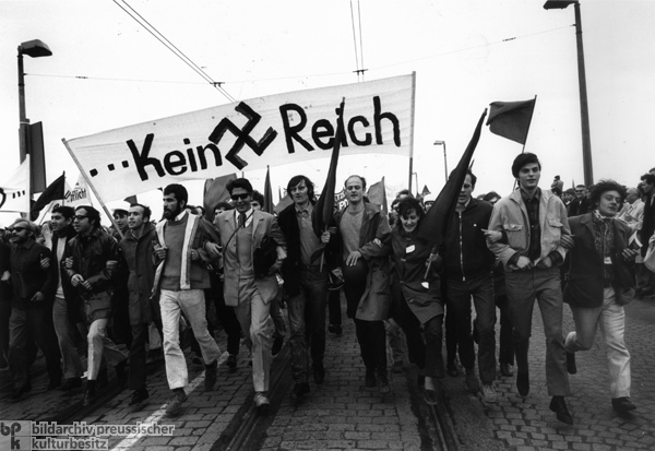 Bonn Demonstration against the Emergency Laws – II ( May 11, 1968)