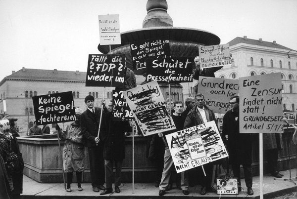 Munich Demonstration for Freedom of the Press in Response to the <i>Spiegel</i> Affair (c. October-November 1962)