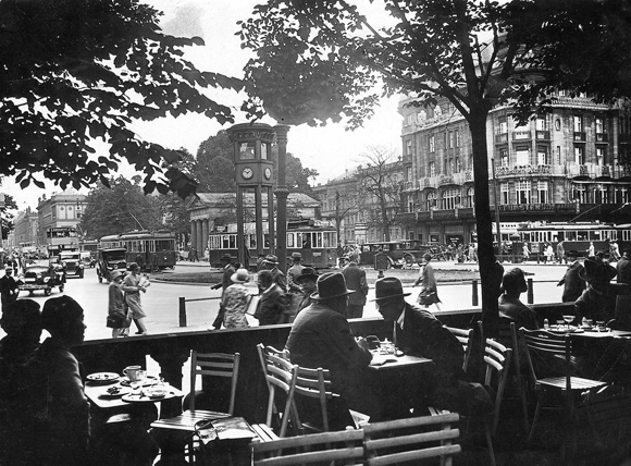 Berlin's Potsdamer Platz as Seen from Café Josty (c. 1930)