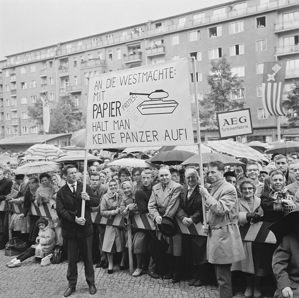 Demonstration von West-Berlinern (16. August 1961)