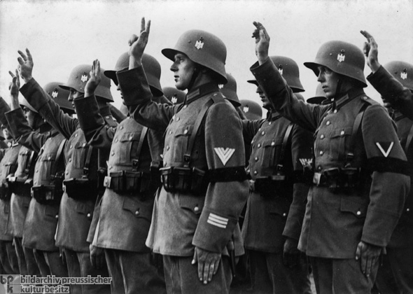 an introduction to the life and history of adolph hitler Adolf hitler essay examples an introduction to the issue of hitler and anti-semitism during an introduction to the life and political history of adolf hitler.