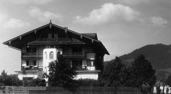 Hotel Hanslbauer in Bad Wiessee: Scene of the Arrest of Ernst Röhm and his Followers (June 30, 1934)