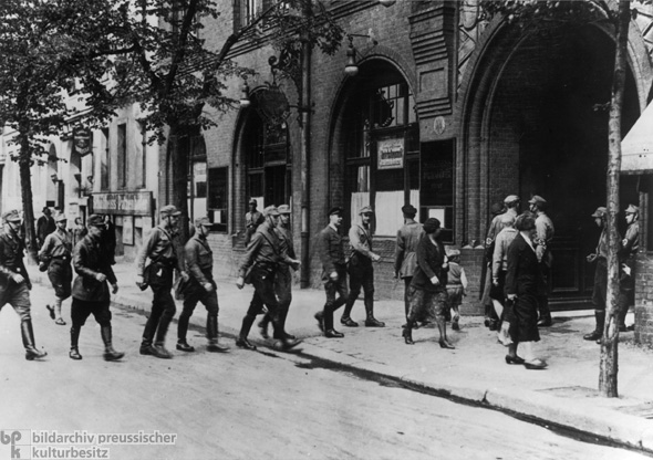 Prohibition of Free Trade-Unions: SA Members Seize the Union Office on Engelsufer in Berlin (May 2, 1933)