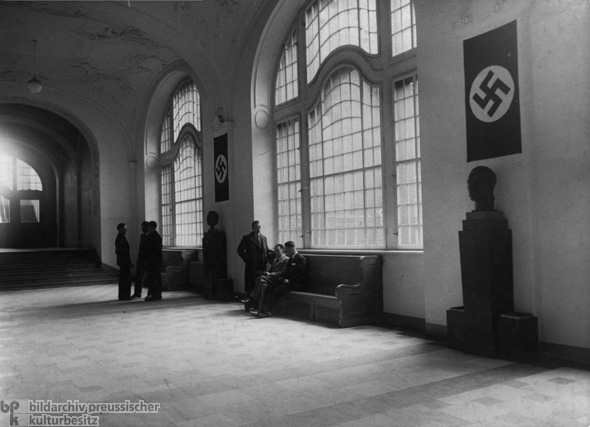 Busts of Hitler (right) and Göring (left) in the Main Hall of the Secret State Police Office at 8 Prinz-Albrecht-Straße (1935)
