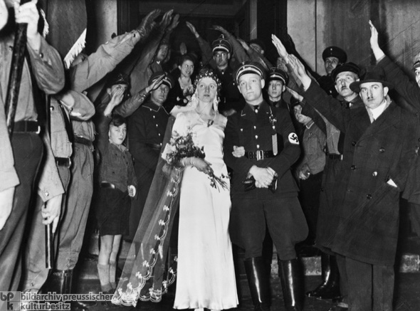 Church Wedding of an SS Member in Uniform (1934)